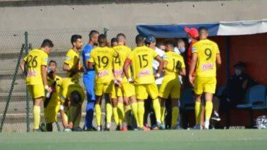 "Photo of ""كورونا"" تضرب فريقا جديدا في الدوري الاحترافي"